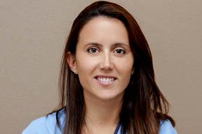 Dra. Ana Veloso Durán