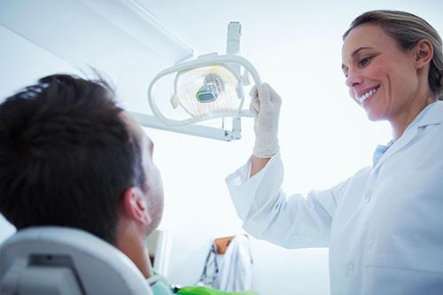 Pacientes con patología previa (hipertensos, diabéticos, cardiópatas, disminuidos psíquicos o físicos)