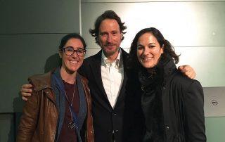 Las doctoras Beatriz Acacio y Ana López junto a Victor Küppers